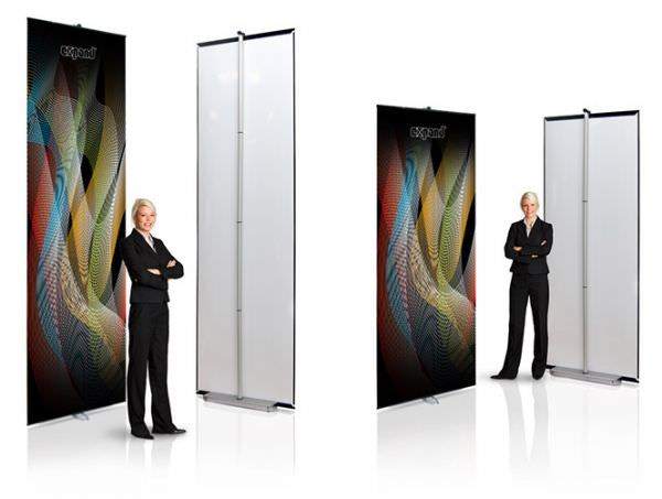 Expandable LinkWall Banner Stand
