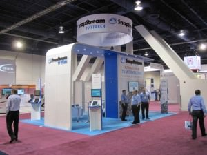rent a custom trade show display
